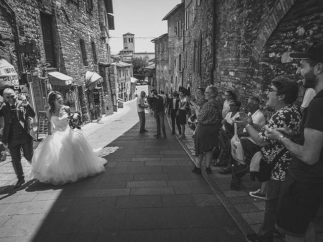 Il matrimonio di Ivan e Sara a Torgiano, Perugia 26