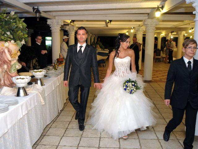 Il matrimonio di Massimiliano e Serena a Brindisi, Brindisi 19