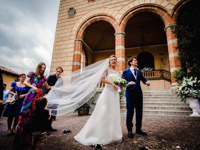 Il matrimonio di Corrado e Didi a Cherasco, Cuneo 30
