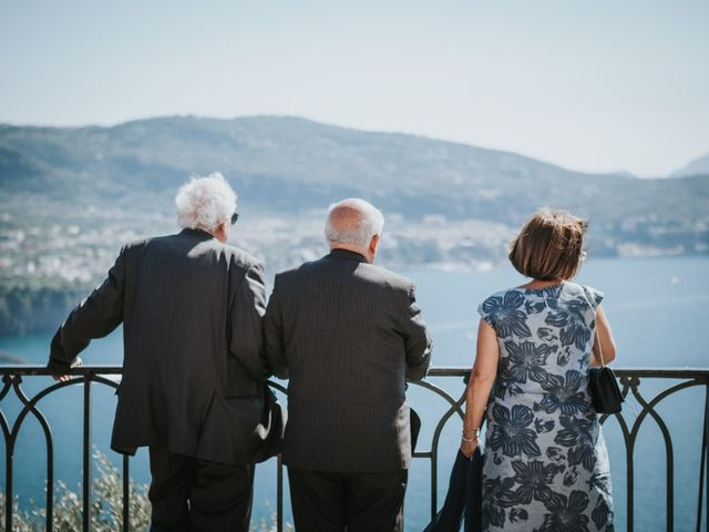 Il matrimonio di Francesco e Mena a Vico Equense, Napoli 28