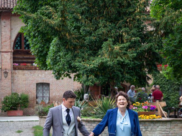 Il matrimonio di Simone e Laura a Montebello della Battaglia, Pavia 18
