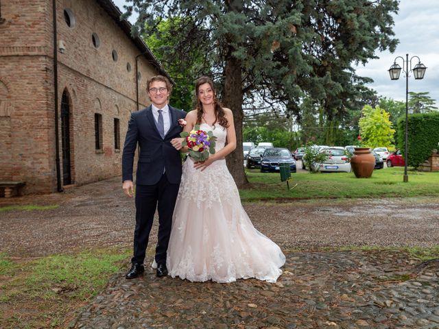 Il matrimonio di Simone e Laura a Montebello della Battaglia, Pavia 21