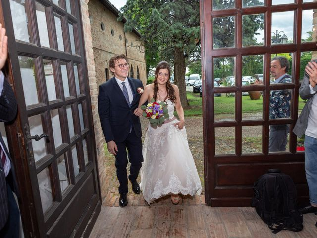 Il matrimonio di Simone e Laura a Montebello della Battaglia, Pavia 22