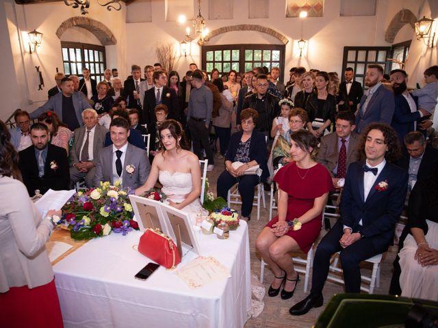 Il matrimonio di Simone e Laura a Montebello della Battaglia, Pavia 24