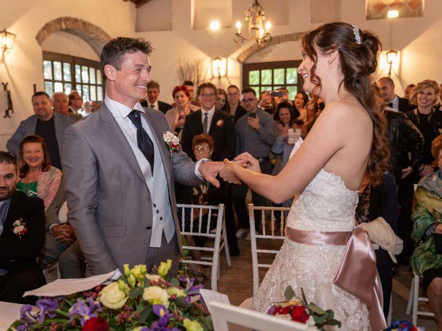 Il matrimonio di Simone e Laura a Montebello della Battaglia, Pavia 35