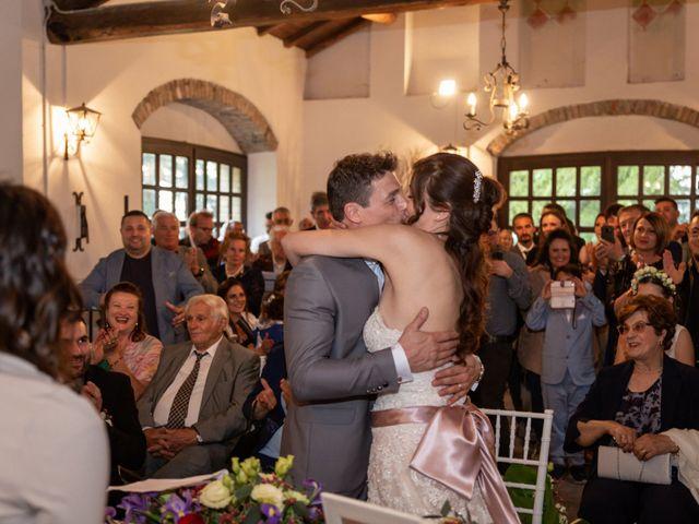 Il matrimonio di Simone e Laura a Montebello della Battaglia, Pavia 36