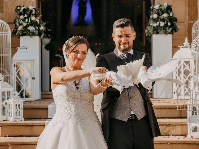Il matrimonio di Marco e Theresa a Barrafranca, Enna 14