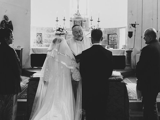 Il matrimonio di Linda e Rosario a Prato, Prato 8