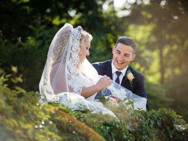 Il matrimonio di Gian Lorenzo e Benedetta a Camaiore, Lucca 38