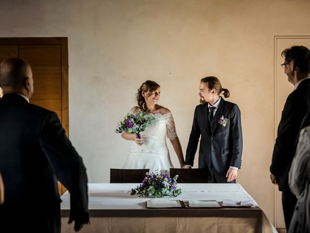 Il matrimonio di Dorin e Maria Chiara a Oggiona con Santo Stefano, Varese 19