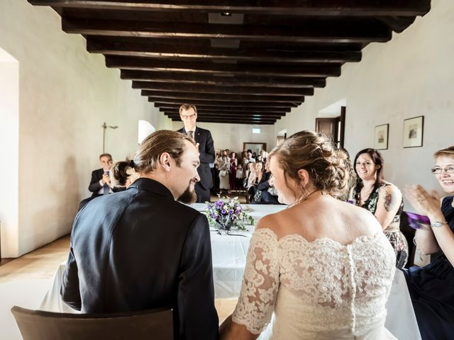 Il matrimonio di Dorin e Maria Chiara a Oggiona con Santo Stefano, Varese 20