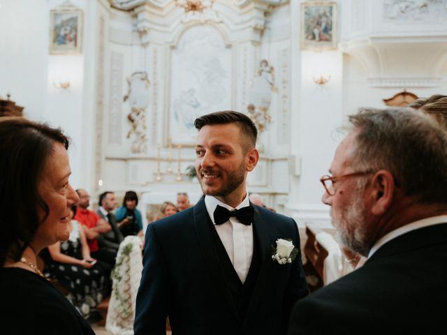 Il matrimonio di Enrico e Laura a Miglianico, Chieti 105