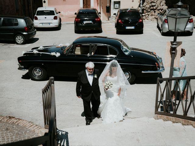 Il matrimonio di Enrico e Laura a Miglianico, Chieti 108