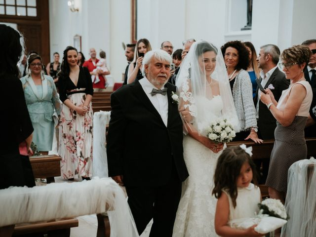 Il matrimonio di Enrico e Laura a Miglianico, Chieti 116