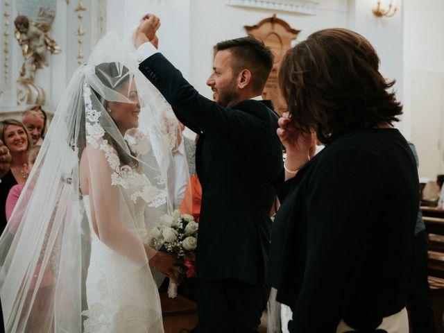 Il matrimonio di Enrico e Laura a Miglianico, Chieti 117