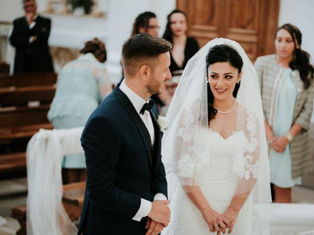 Il matrimonio di Enrico e Laura a Miglianico, Chieti 121