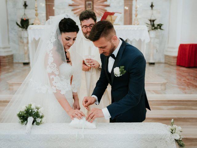 Il matrimonio di Enrico e Laura a Miglianico, Chieti 128