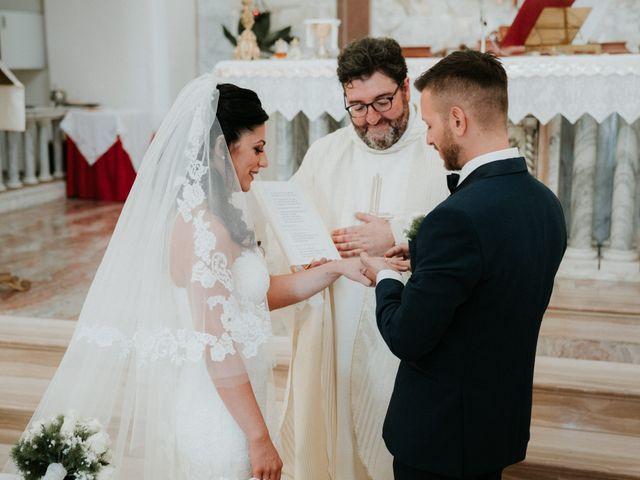 Il matrimonio di Enrico e Laura a Miglianico, Chieti 130