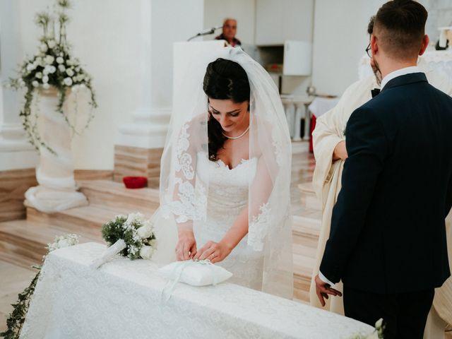 Il matrimonio di Enrico e Laura a Miglianico, Chieti 132