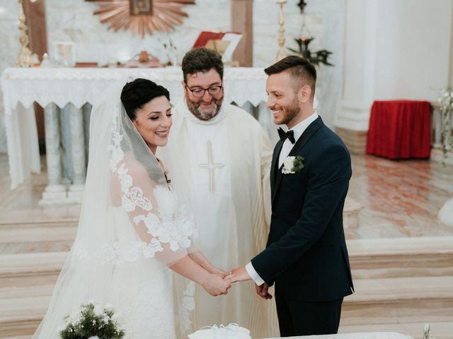 Il matrimonio di Enrico e Laura a Miglianico, Chieti 135