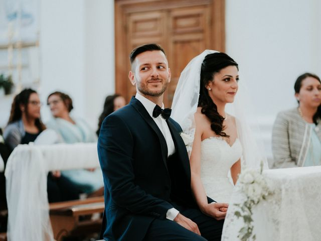 Il matrimonio di Enrico e Laura a Miglianico, Chieti 136