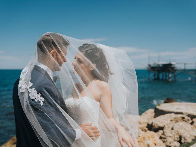 Il matrimonio di Enrico e Laura a Miglianico, Chieti 162