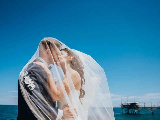 Il matrimonio di Enrico e Laura a Miglianico, Chieti 165
