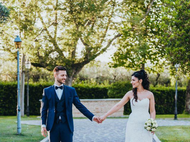 Il matrimonio di Enrico e Laura a Miglianico, Chieti 195