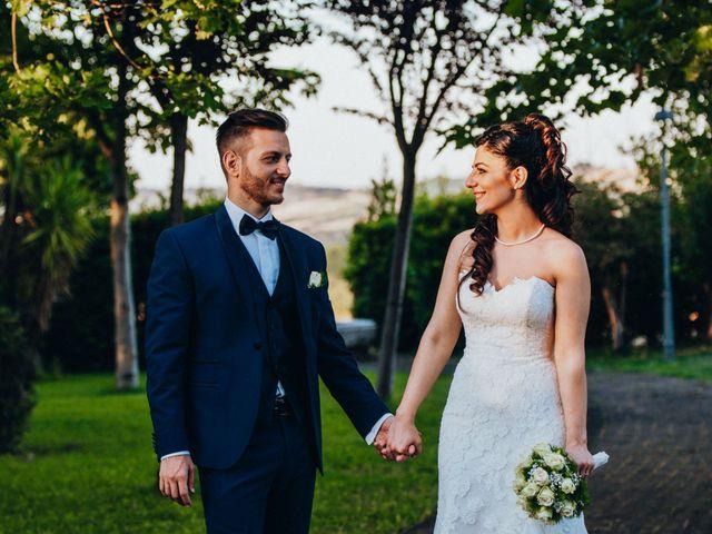 Il matrimonio di Enrico e Laura a Miglianico, Chieti 203