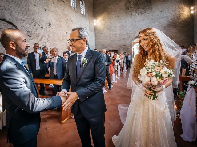 Il matrimonio di Fabio e Chiara a Santarcangelo di Romagna, Rimini 12