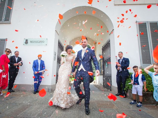Il matrimonio di Mirko e Mara a Cavernago, Bergamo 29