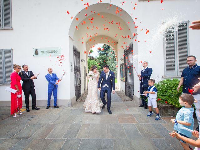 Il matrimonio di Mirko e Mara a Cavernago, Bergamo 30