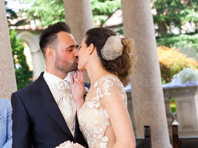Il matrimonio di Mirko e Mara a Cavernago, Bergamo 37