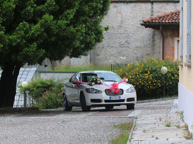 Il matrimonio di Filippo e Beba a Laveno-Mombello, Varese 8
