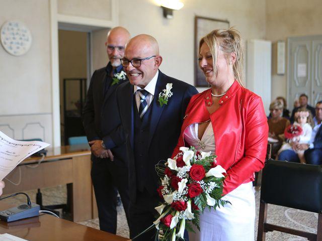 Il matrimonio di Filippo e Beba a Laveno-Mombello, Varese 10