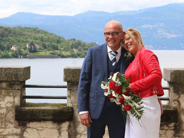 Il matrimonio di Filippo e Beba a Laveno-Mombello, Varese 17