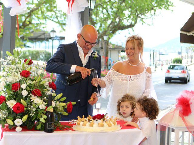 Il matrimonio di Filippo e Beba a Laveno-Mombello, Varese 27