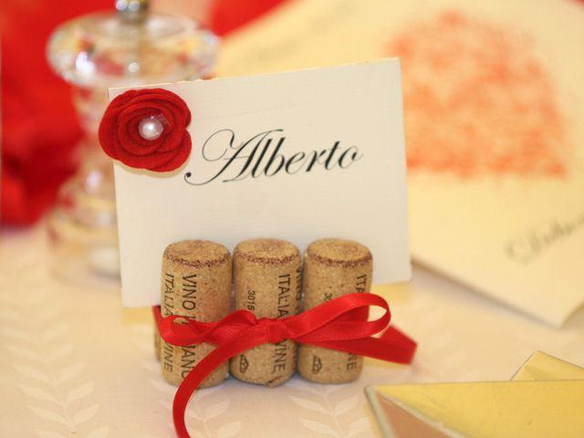 Il matrimonio di Filippo e Beba a Laveno-Mombello, Varese 28
