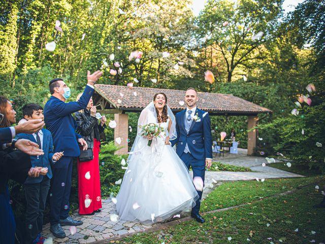 Il matrimonio di Davide e Ilaria a Malnate, Varese 25