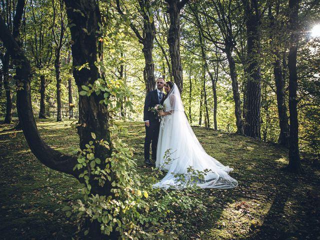 Il matrimonio di Davide e Ilaria a Malnate, Varese 28