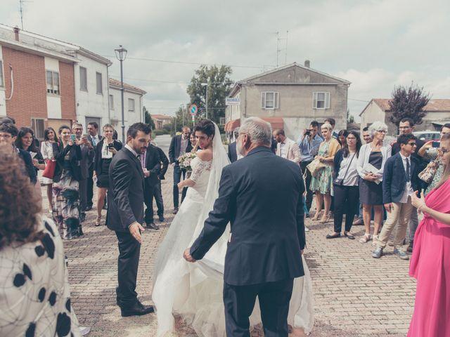 Il matrimonio di Lorenzo e Francesca a Concordia sulla Secchia, Modena 27