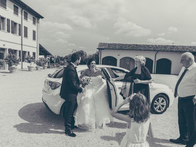 Il matrimonio di Lorenzo e Francesca a Concordia sulla Secchia, Modena 37