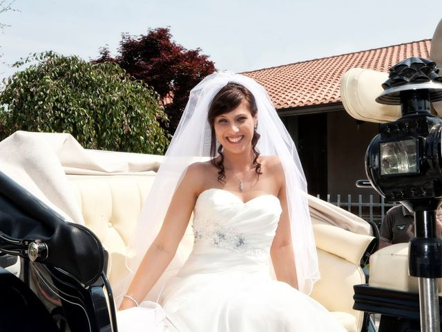 Il matrimonio di ROBERTO e ERIKA a Pavone del Mella, Brescia 15