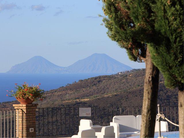Il matrimonio di Sebastiano e Katia a Capri Leone, Messina 22