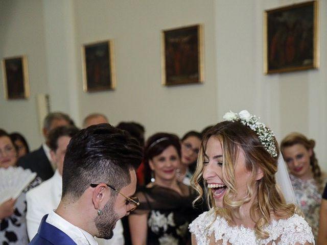 Il matrimonio di Victor e Serena a San Giovanni in Fiore, Cosenza 43