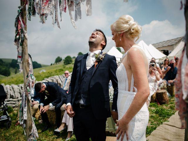 Il matrimonio di Rahim e Arlene a Erbezzo, Verona 28