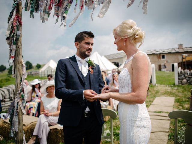 Il matrimonio di Rahim e Arlene a Erbezzo, Verona 31