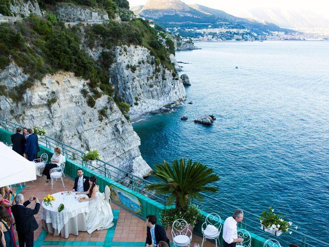 Il matrimonio di Luigi e Amalia a Vietri sul Mare, Salerno 30