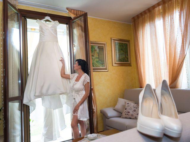 Il matrimonio di Emiliano e Roberta a Ferno, Varese 9