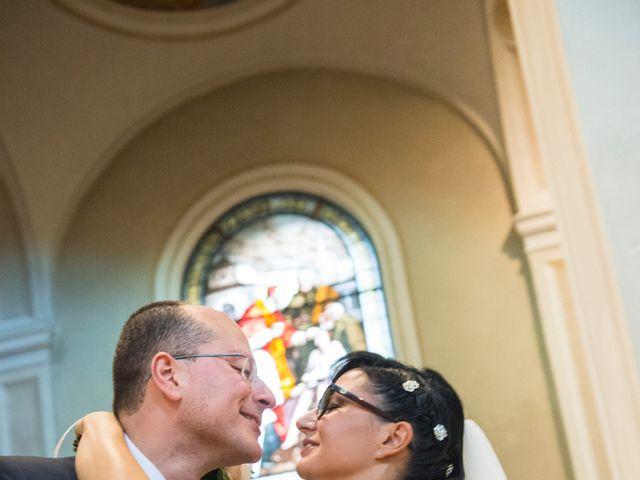 Il matrimonio di Emiliano e Roberta a Ferno, Varese 17